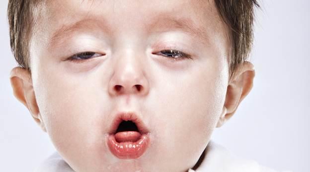 hít khói than dẫn đến ho và chảy nước mắt